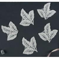 Кружевные листики белые, 1 шт