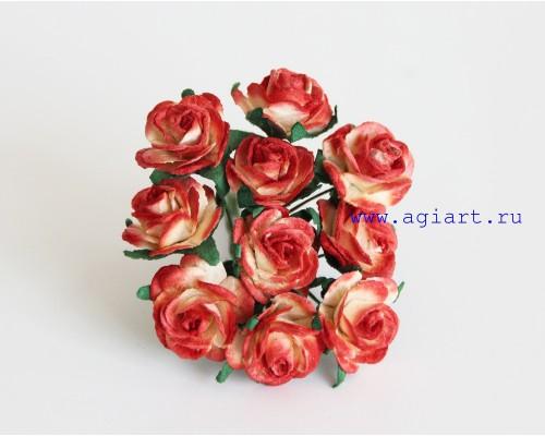 Розы красные с желтым размер 2 см 5 шт
