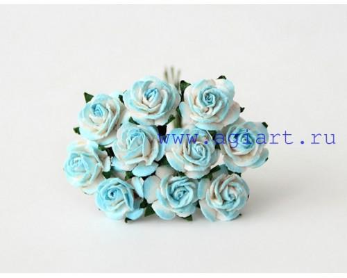 Розы бирюзовые с белым 1,5 см, 10шт.