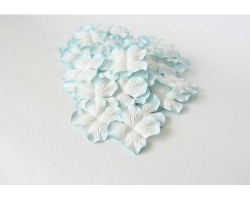 Гортензии светло-голубые с белым 5 см, 10 шт