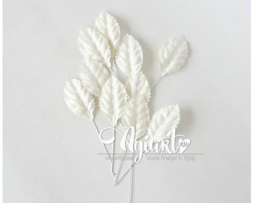 Листья белые на стебельке, 4 см, 10 шт.