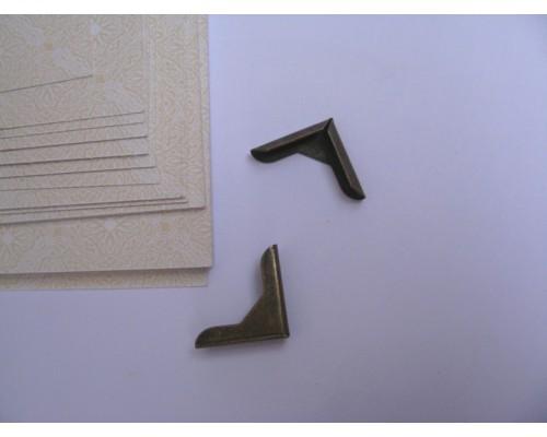 Уголок бронза 15 мм 1 шт