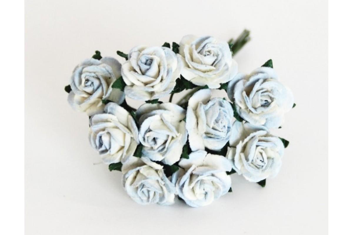 розы голубые с белым (двухтоновые) 1,5 см, 10шт.