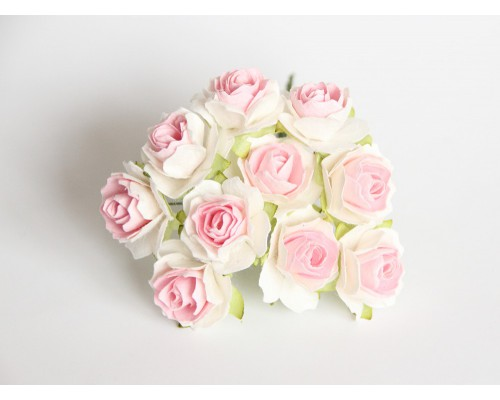 Кудрявые розы 3 см- Белые с розовым в середине 5 шт