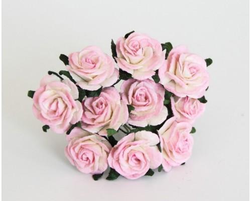 Розы Св. розово-белые 2 см, 5 шт.