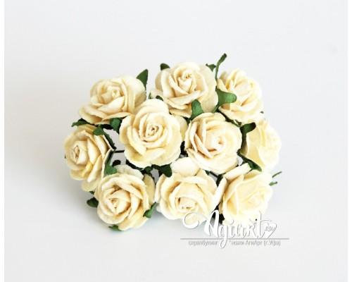 Розы Св.желтые 2 см., 5 шт.