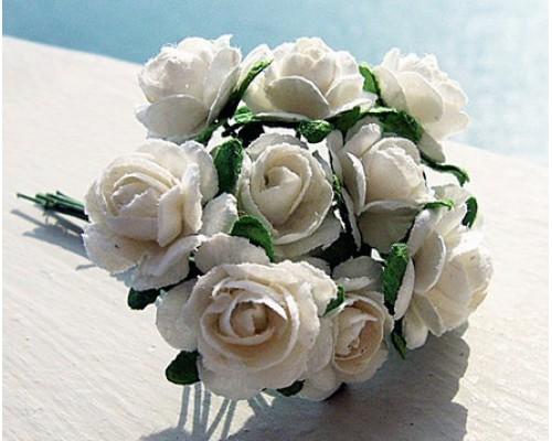 Розы белые 1,5 см, 10шт.