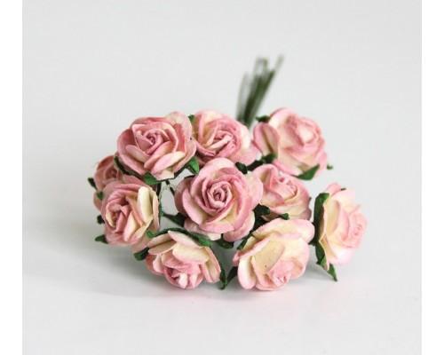 розы розовые с желтым оттенком 1,5 см, 10шт.