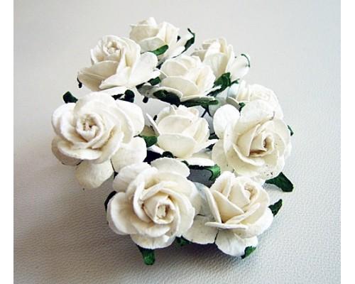 Розы белые 2 см, 5 шт.